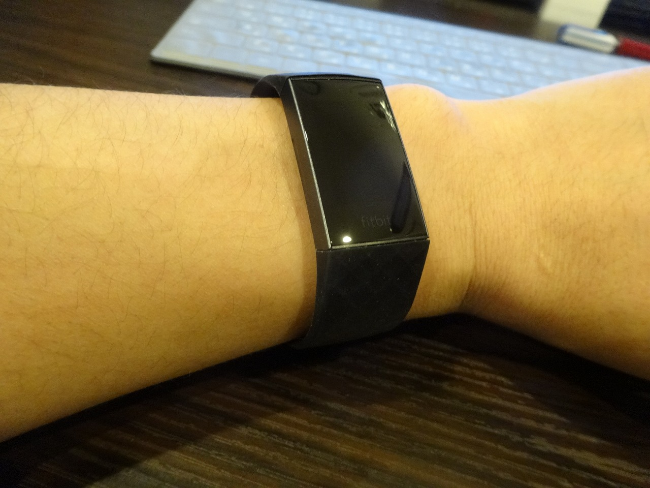 Fitbit Charge 3 試着